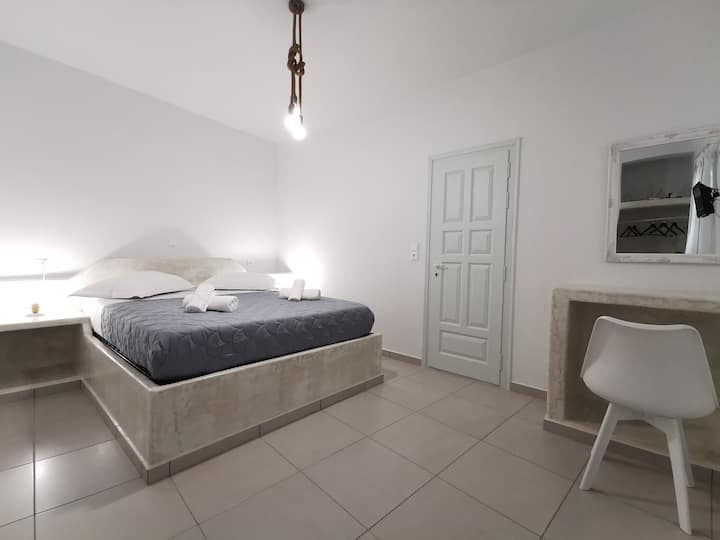Amorgos Meltemi apartment Room 1