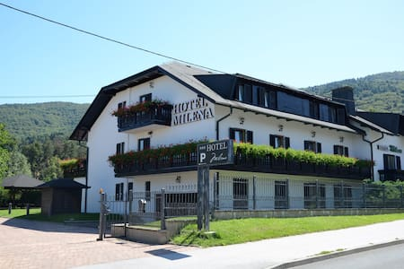 B & B Milena Hotel *** - Maribor - Bed & Breakfast
