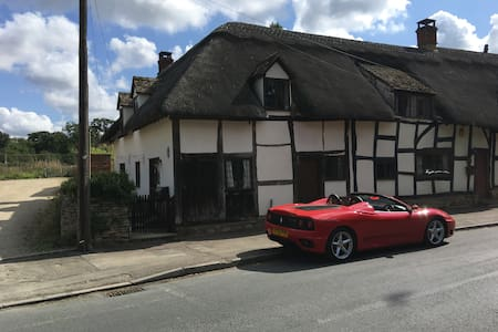 16th Century Thatched Cottage