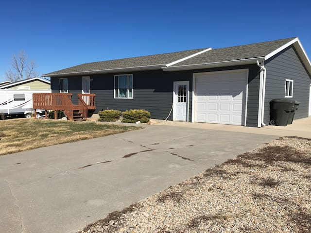Private room available Black Hills - Belle Fourche - Huis