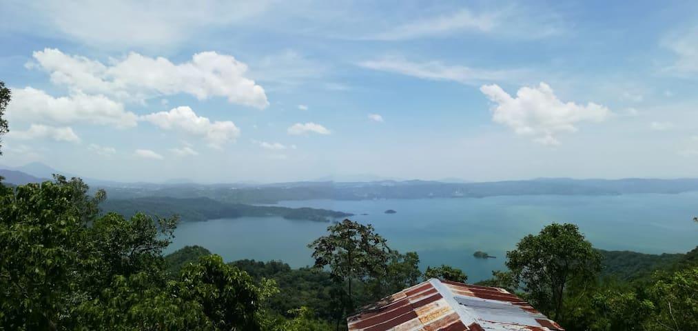 Cabaña Lago de Ilopango - FINCA CASA DE PIEDRA