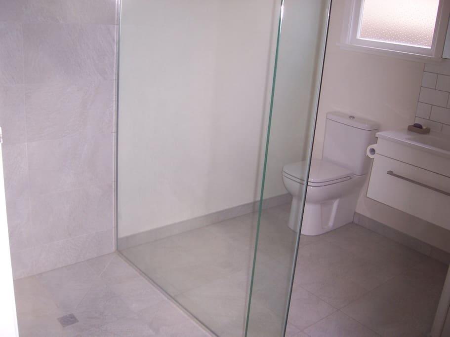 Your bathroom / shower