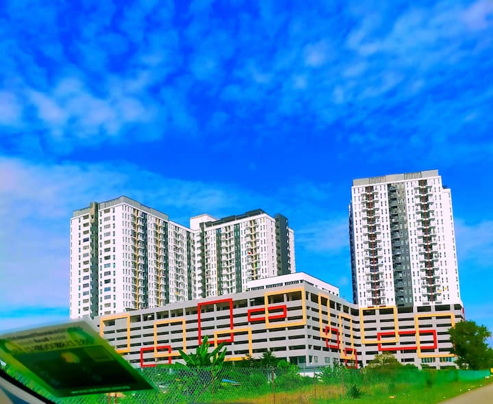 Semenyih 3 Bedroom Apartment by Kasyaf Place