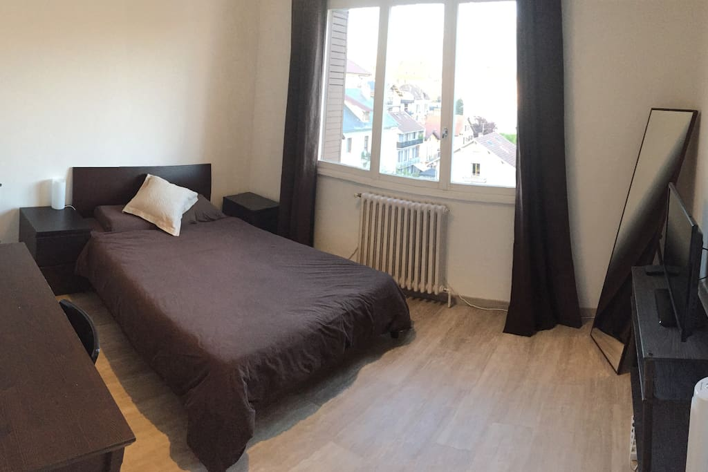 Annecy center gorgeous room taiwanese host appartements for Chambre a louer annecy