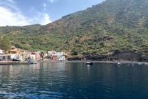 Plage et port de Rinella