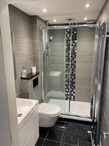 Luxurious 1 Bed Apartment