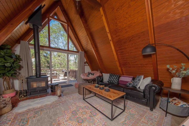 Cozy A-frame with writer's loft for two