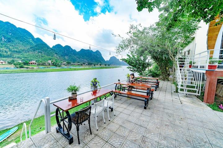 Areca Bungalow 5 (river view)