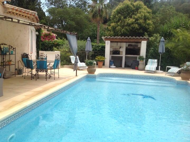 Villa climatisée piscine jacuzzi Côte d'Azur