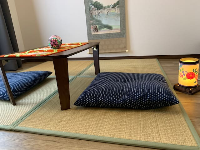 Japanese-style room. Room may differ from the photo