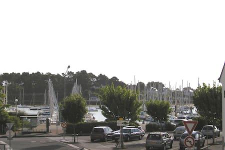 A 2 pas du Port 2 pièces de 40 m2 - La Trinité-sur-Mer - Apartemen