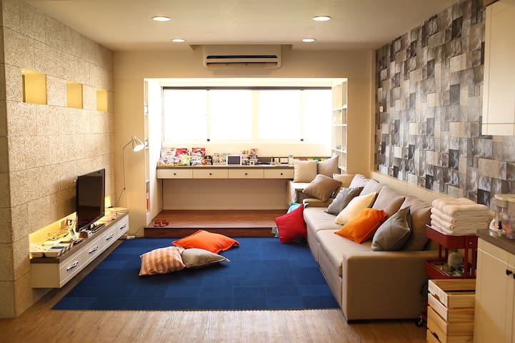 Comfy stay in the heart of Kaohsiung! _Single Room - Xinxing District - Apartament