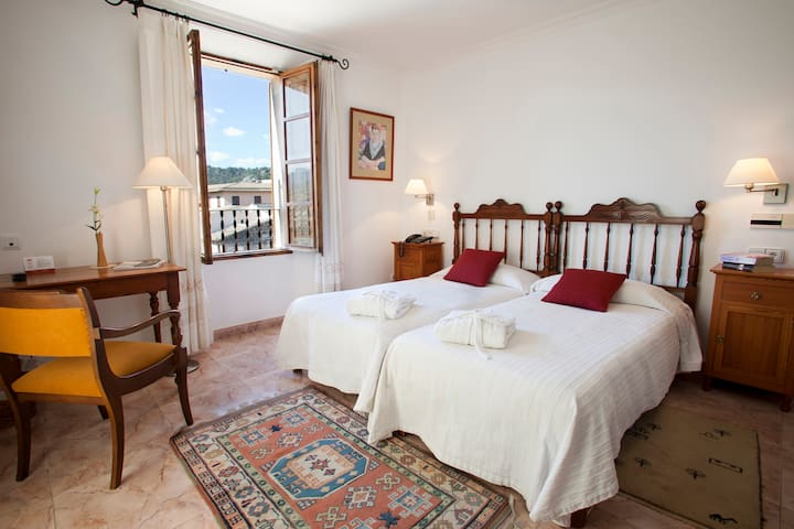 Double charming room with breakfast