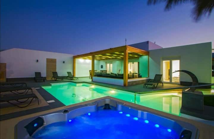 Dreams Villa Suites *****