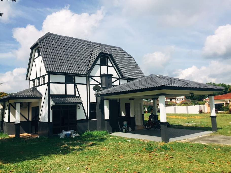 Newly renovated luxury villa