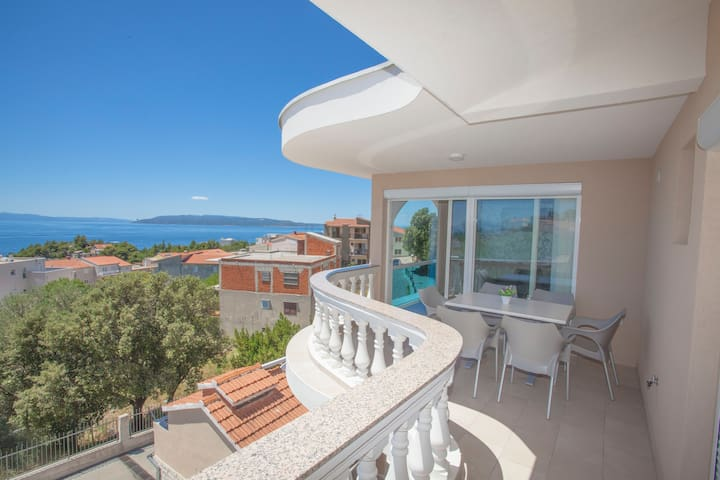 Sea View - Modern Apt for 6 - Makarska - Apartament