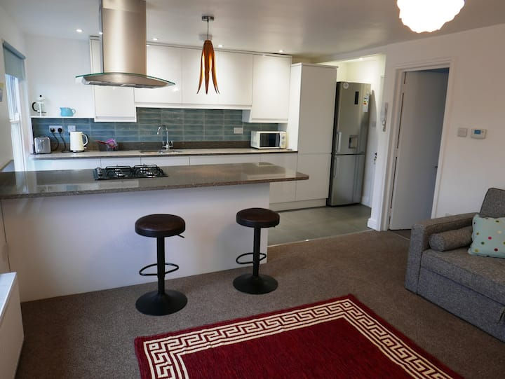 Lovely apartment 10 mins walk to City Centre
