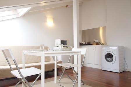 Estudio luminoso en pleno centro de Santander - Santander - Apartamento