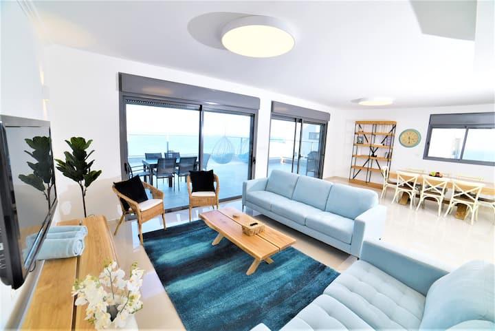 Nino Sky Penthouse ☀4Bdrm Luxury Penthouse☀Tiberia