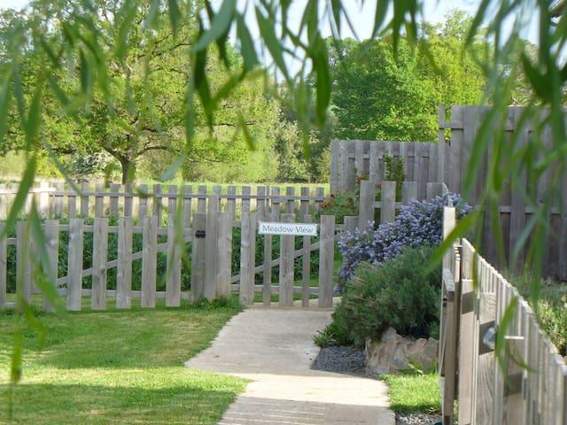 Wisdom Gites - Meadow View Gite sleeps 4