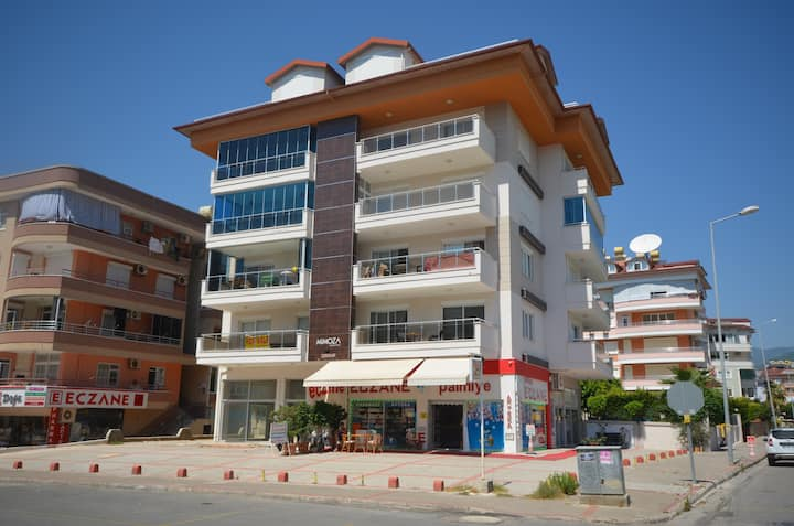 Luxury 1+1  apartment for a rent Alanya/Tosmur