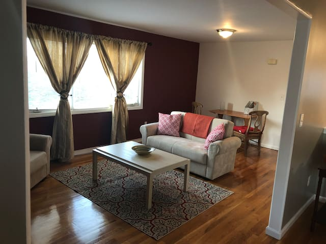 Cozy, stunning and spacious apartment near NYC