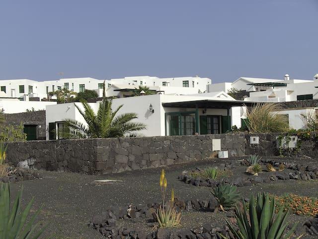 House Olivina - Playa Blanca - Talo