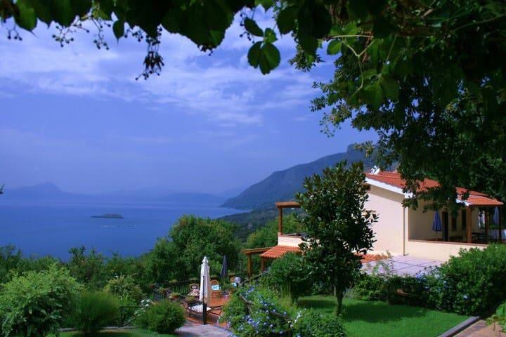 VILLA ROSAMARIA - Lucania's Experiences