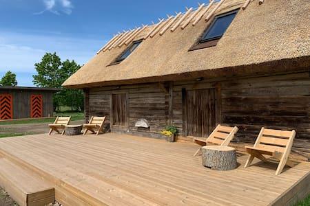 Jaagu-Mihkli Muhu Island Family Barn