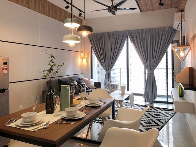 ♥Danga Beach♥ Sophisticated Suites@Country Garden