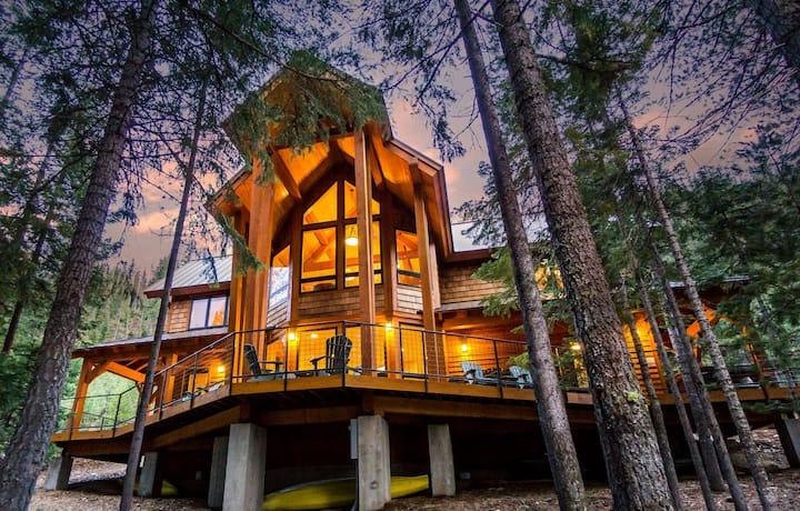 Stunning Luxury Cabin on Tumalo Lake