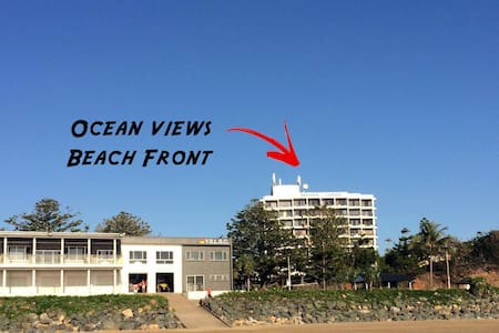 Beachside Unit Ocean Views with all Amenities - Yeppoon