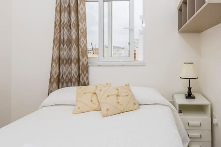Sweet room in Sliema and Gzira Border - Waterfront - Gzira