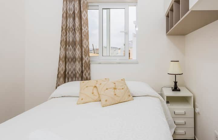 Sweet room in Sliema and Gzira Border - Waterfront