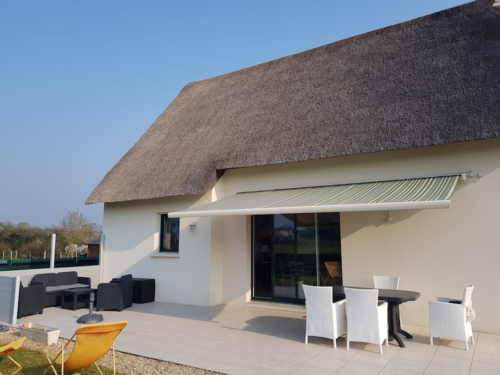 THATCHED HOUSE FACING KERHINET VILLAGE