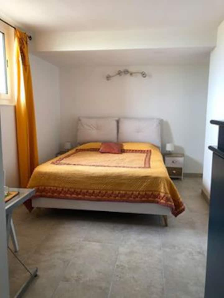 chambre dans un mas camarguais