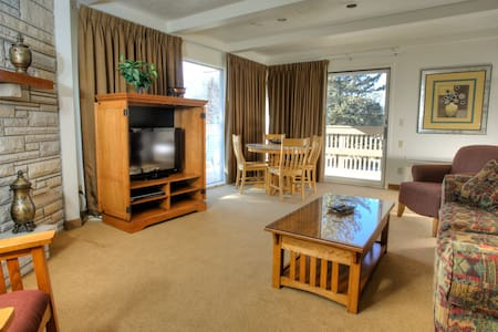 Affordable Long Term Stay at Fox Hills Golf Resort