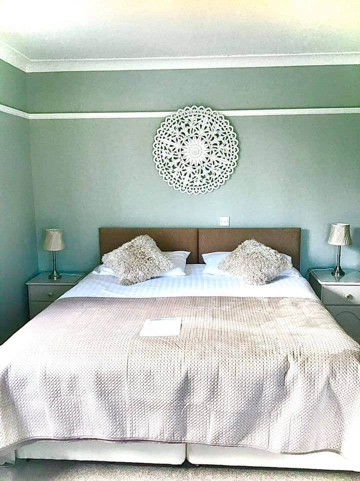Large ensuite room in centre of Wells next the Sea
