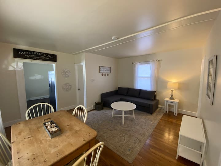 Cottage With CHARM near Olde Town Arvada