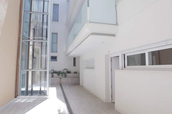 Apartamento en el centro de Granada con cochera