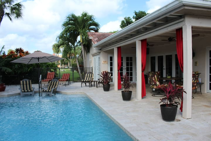 Home away from home, clean, quiet and Private - Deerfield Beach - House
