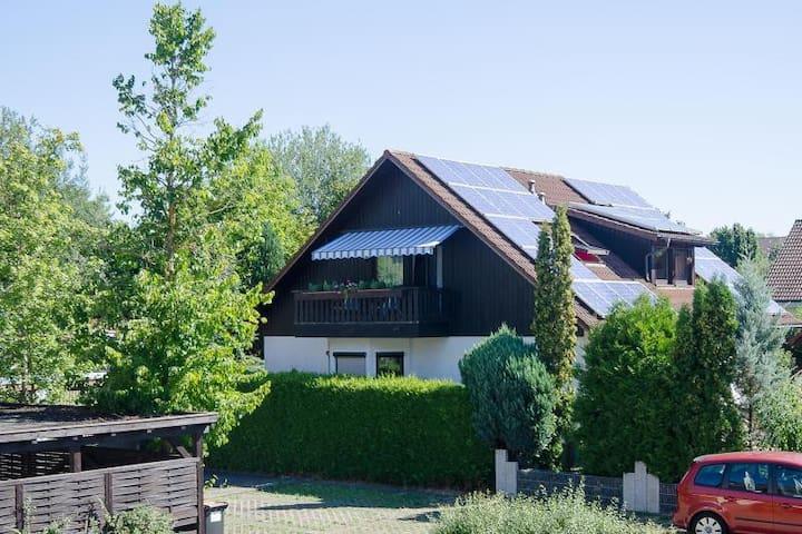 Ferienwohnung in ruhiger Lage - Reutlingen - Appartement