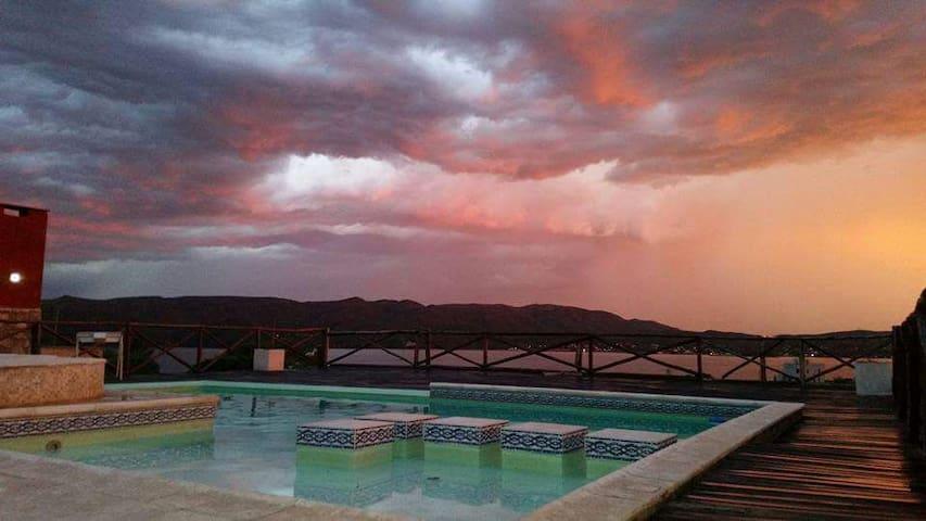 Cabañas Los Palmares; ¡increíble vista al lago! 3 - Villa Carlos Paz - Casa