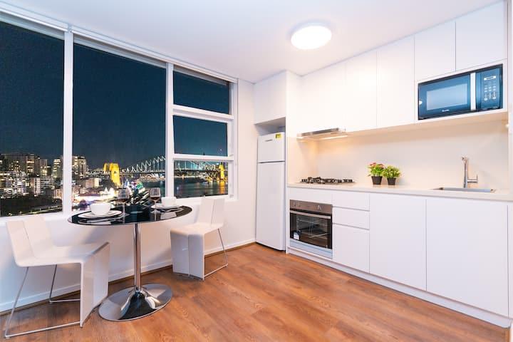 MLB38-Panoramic view Studio near Sydney Harbour