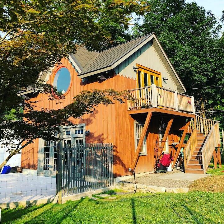 Modern barn studio in beautiful Hudson Valley