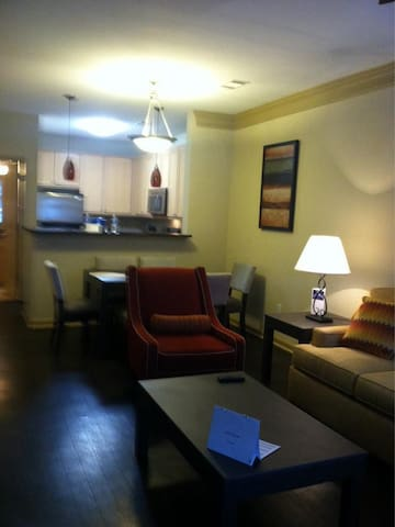 2 Bedroom Luxury- Reserve JC - Duluth - Byt