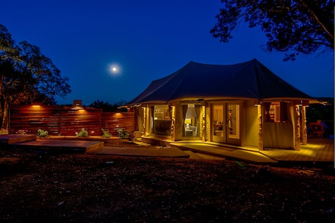 Ndotto, Resort Glamping @ FireSong Ranch