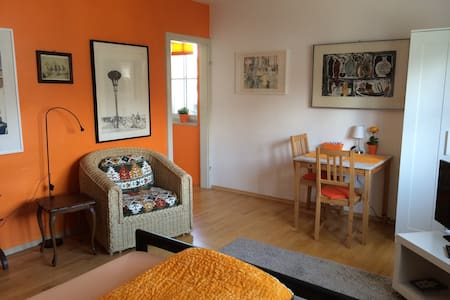 Apartment with Garden area - Geretsried - Apartamento