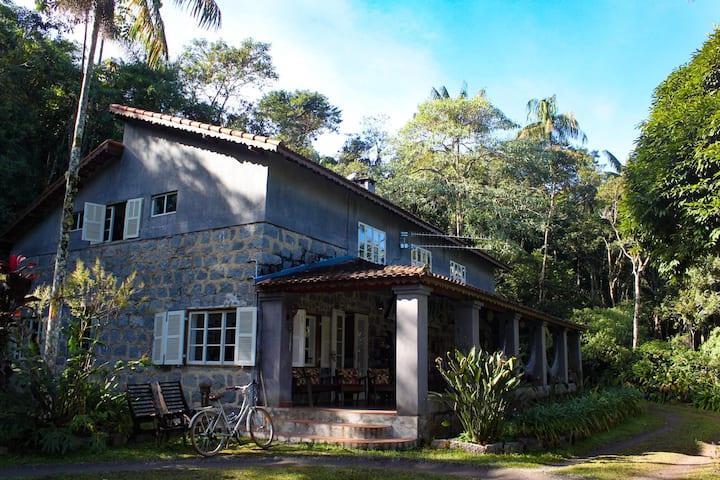 Quarto em Residência Familiar-Espaço Gaia Itatiaia