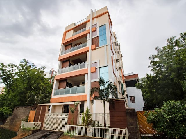 OYO - Simplistic 1BHK Abode, Hyderabad (Flash Sale!)